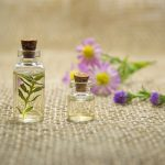essential-oils-2884618_1920